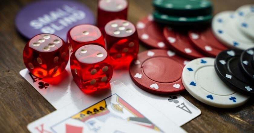 Factors to try your hand at online casino
